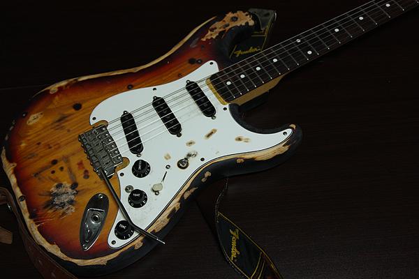 ギターのレリック加工に挑戦!