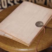 「一生使える革の手帳カバーを作ってほしい」