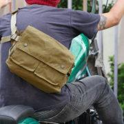 ウエストポーチ、2WAYタイプはバイクに乗る時に超便利!