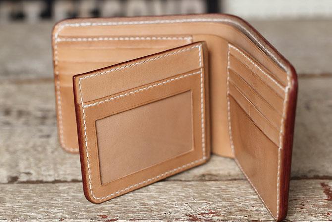 ショートタイプのヌメ革財布をIDパス入れ仕様にカスタムオーダー