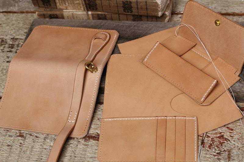 カスタムオーダーができる手縫いの財布