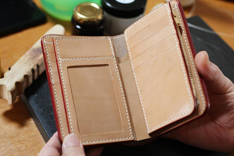ヌメ革財布のカード入れをカスタム